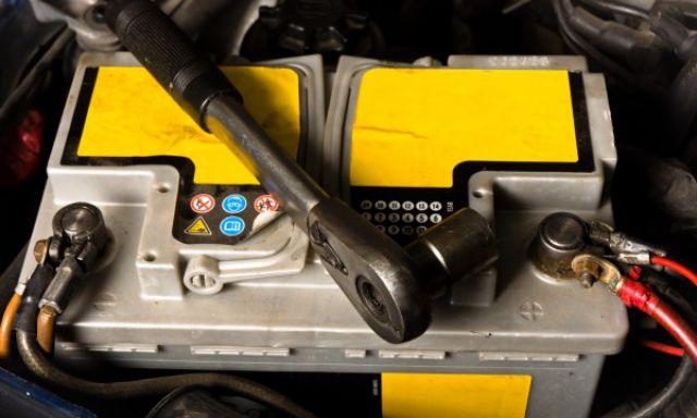 5-conseils-pour-maintenir-votre-batterie-de-voiture-en-bonne-sant
