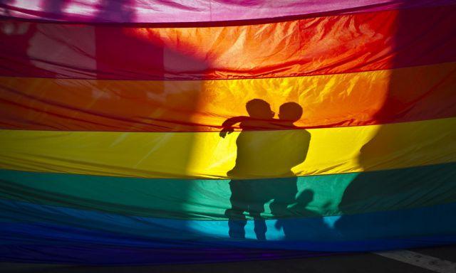 5-conseils-pour-discuter-en-live-en-scurit-sur-un-chat-gay