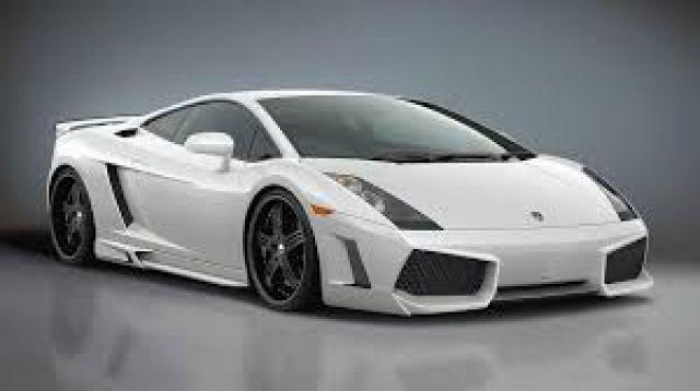 Top Lamborghini: Les 5 voitures de luxe les plus vendues dans le monde  CM47