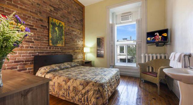 l 39 auberge du vieux port le vrai qu bec les 5 h tels. Black Bedroom Furniture Sets. Home Design Ideas