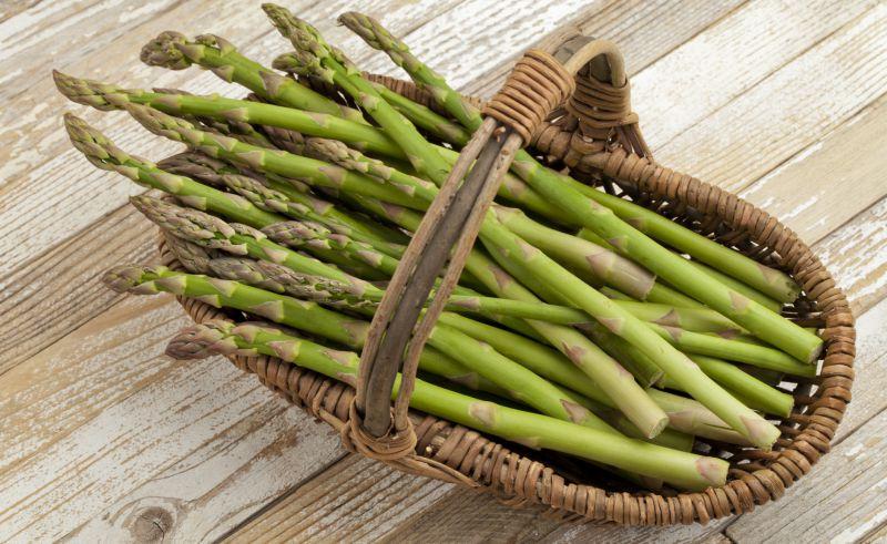 asperges perdre du poids les 5 aliments br le graisse efficaces. Black Bedroom Furniture Sets. Home Design Ideas