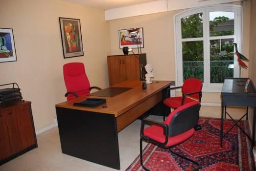 location de bureaux d 39 entreprise privatifs 5 meilleures fa ons de louer un bureau. Black Bedroom Furniture Sets. Home Design Ideas